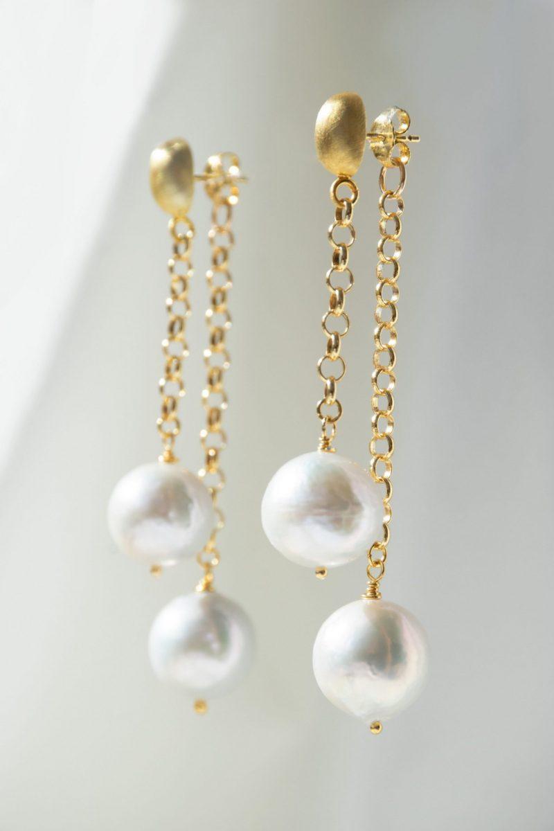 pearl-drop-gold-earrings