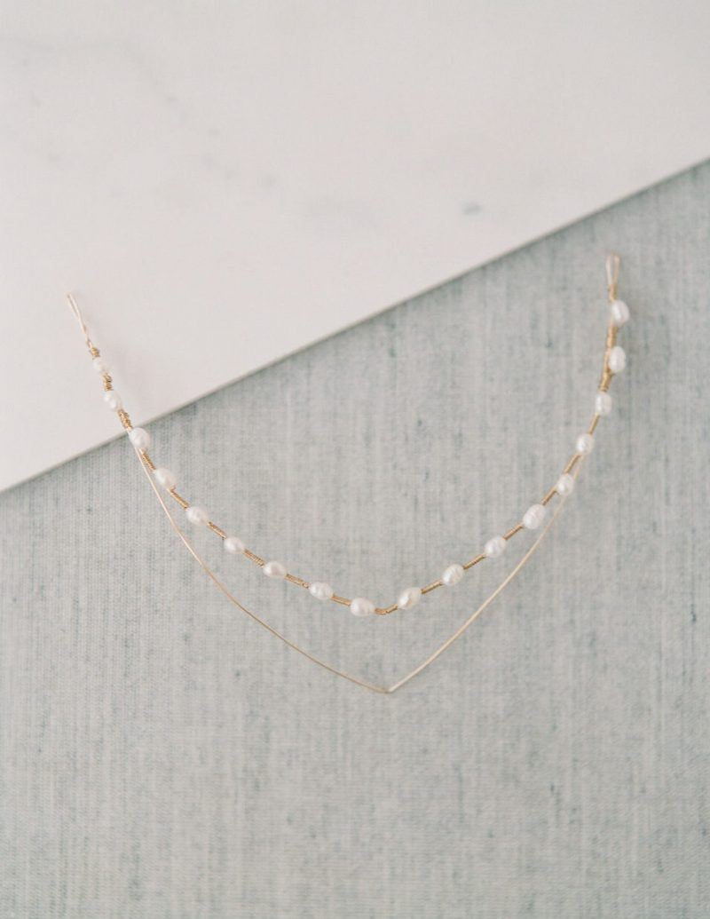 modern-Pearl-bridal-headpiece