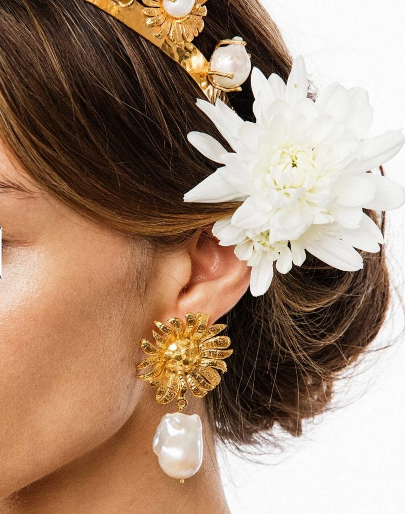 Gold-pearl-flower-earrings