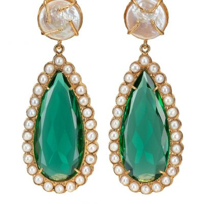 emerald-green-pearl-earrings