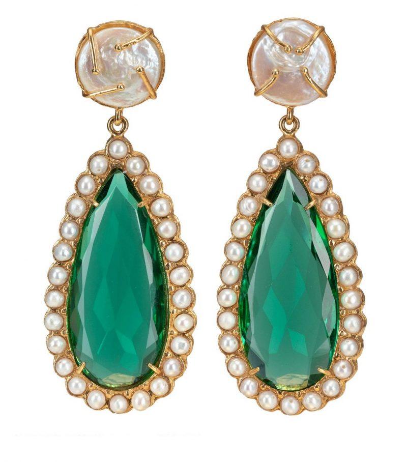 emerald-green-pearl-earrings