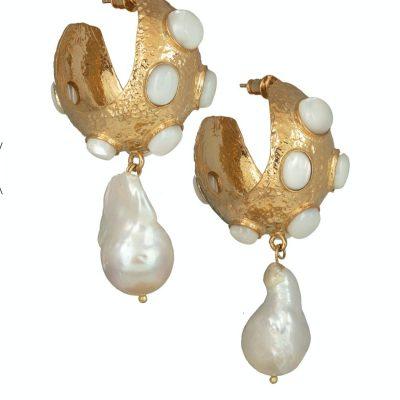 gold-pearl-hoop-earrings