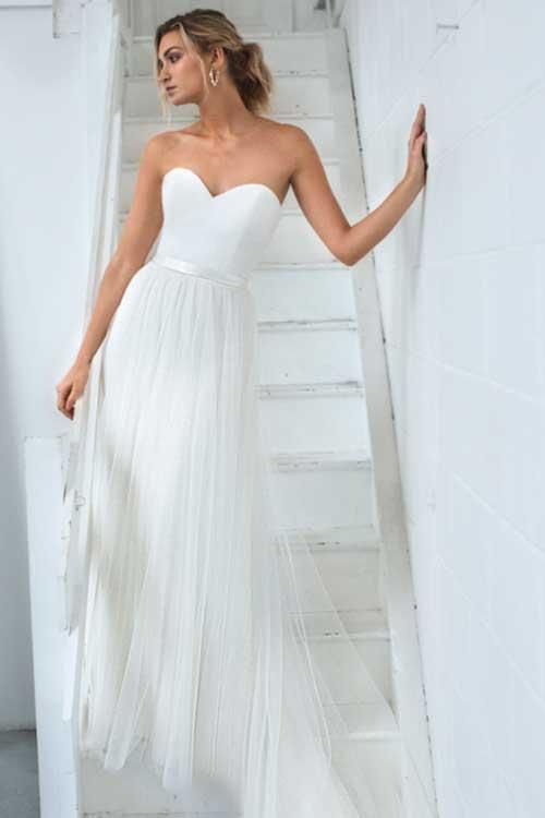 Love Story Bride Cleo Skit Chiffon Overskirt