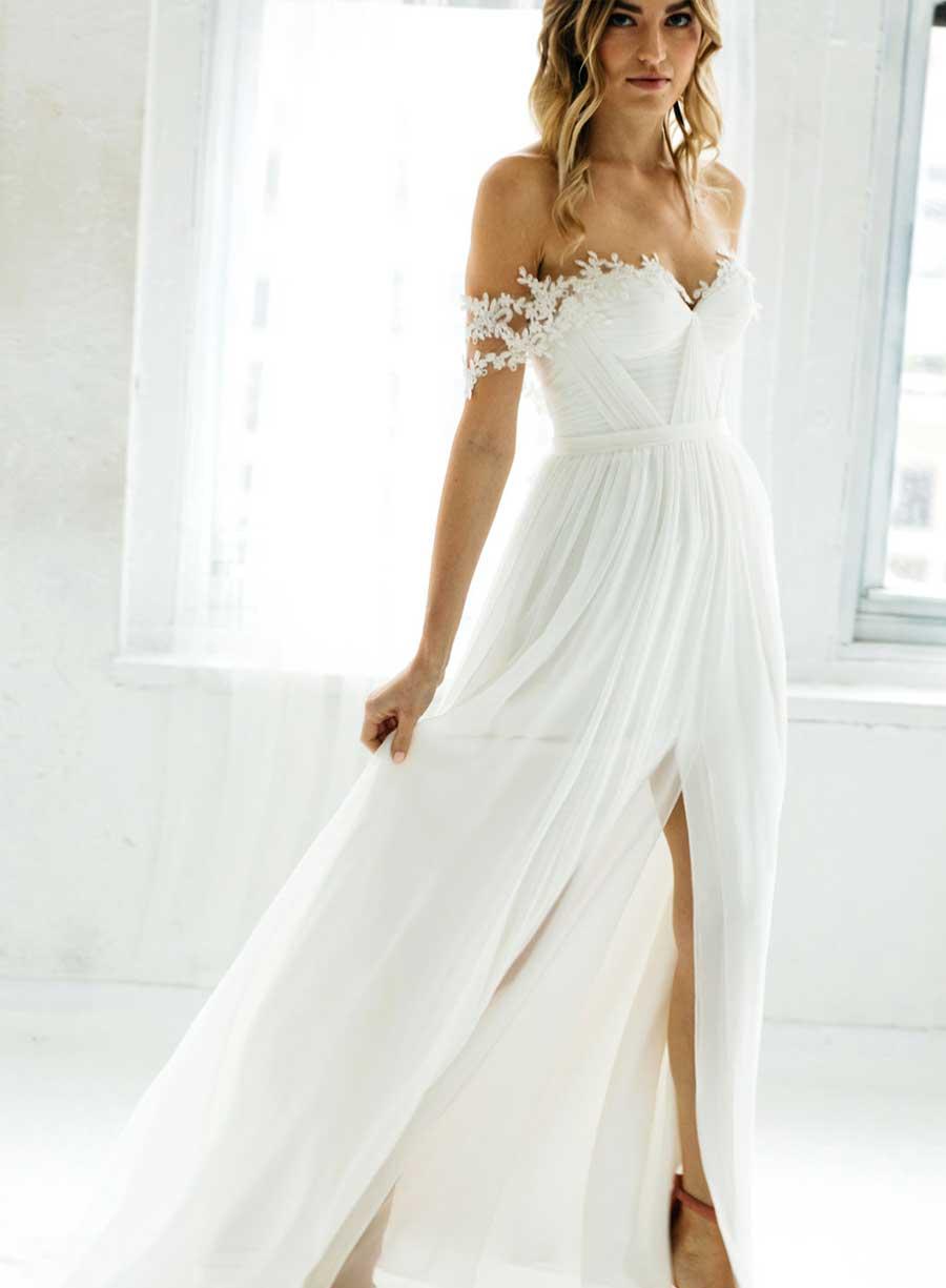 TatyanaTatyana Merenyuk Wedding Dress Off-Shoulder Romantic Merenyuk Wedding Dress off Shoulder Romantic