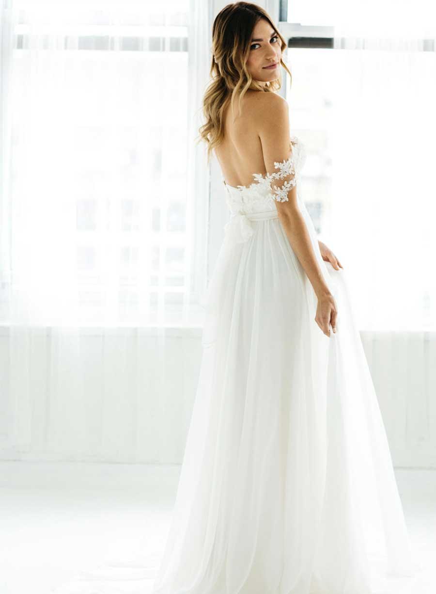 Tatyana Merenyuk Wedding Dress Off-Shoulder Romantic